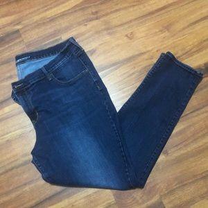 ON Curvy Profile Skinny Jeans